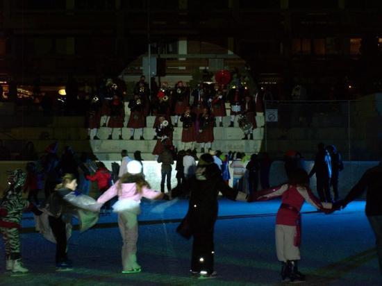 Carnaval Disco-Glace Crans-Montana 03.2011