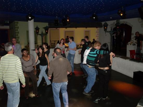 Vendredi 22 octobre 2010 Disco La Bastide aux Bains de Saillons