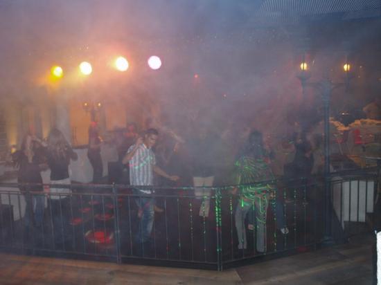 Vendredi 24 septembre 2010 Samedi 25 septembre 2010 Disco La Bastide aux Bains de Saillon .